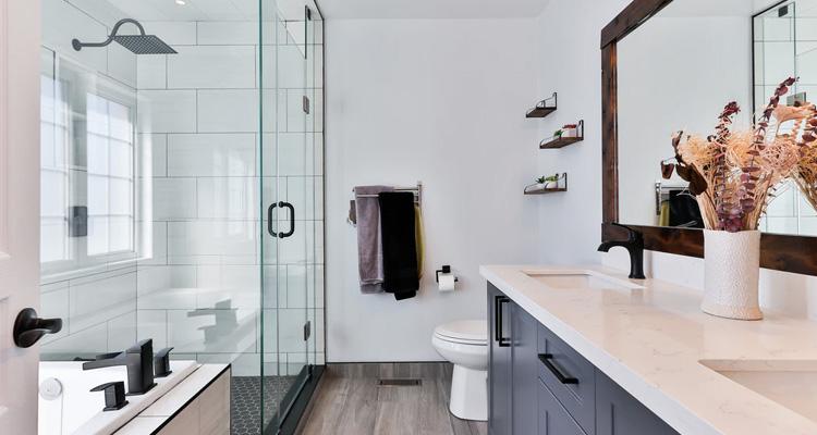 Cómo limpiar un baño a fondo paso a paso