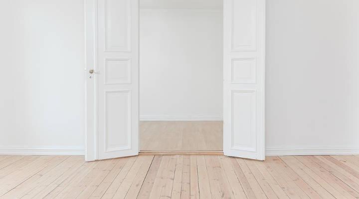 Consejos para evitar la humedad en las puertas