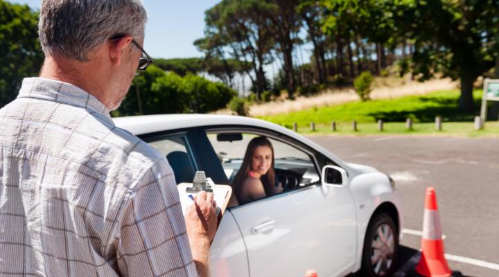 Cómo Montar una Autoescuela | Requisitos y documentación necesaria