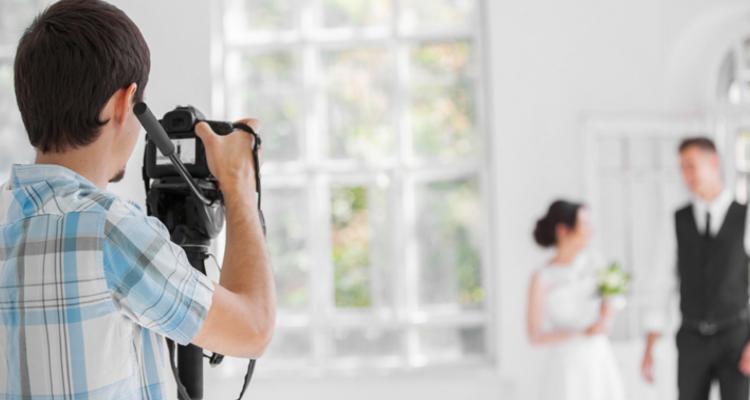 ventajas de contratar un fotografo de bodas