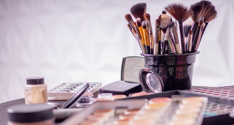 Cuánto cuesta un servicio de maquillaje a domicilio
