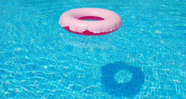 Precio de cambiar una piscina de cloro a sal