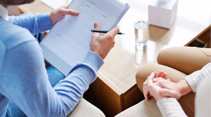 Cómo elegir un buen psicólogo: 5 claves para dar con el mejor profesional