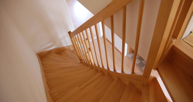 Cuánto cuesta hacer una escalera a medida