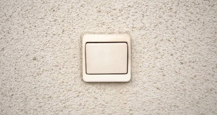 Cómo instalar un interruptor de luz
