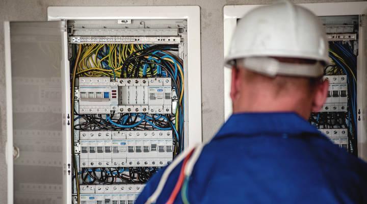 Cómo ser electricista autorizado