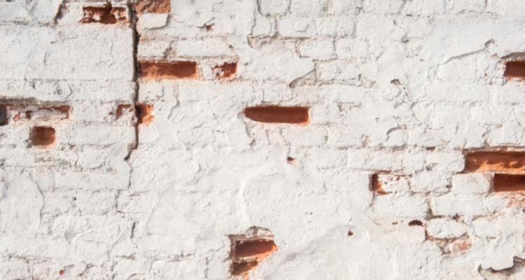 ¿Cuánto cuesta tirar un tabique de casa?