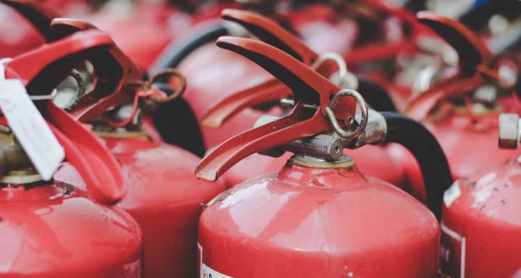Precio de instalar equipos contra incendios - Extintores