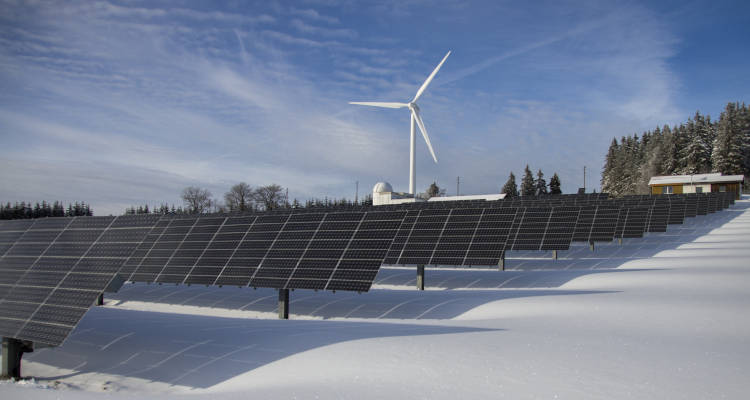 Energía eólica o solar: ¿Cuál es mejor?
