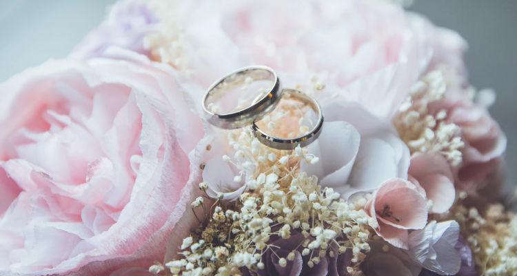 ¿Cuánto cobra una organizadora de bodas?
