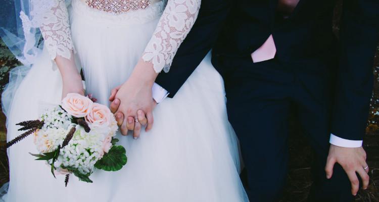 ¿Cuánto cobra una wedding planner?